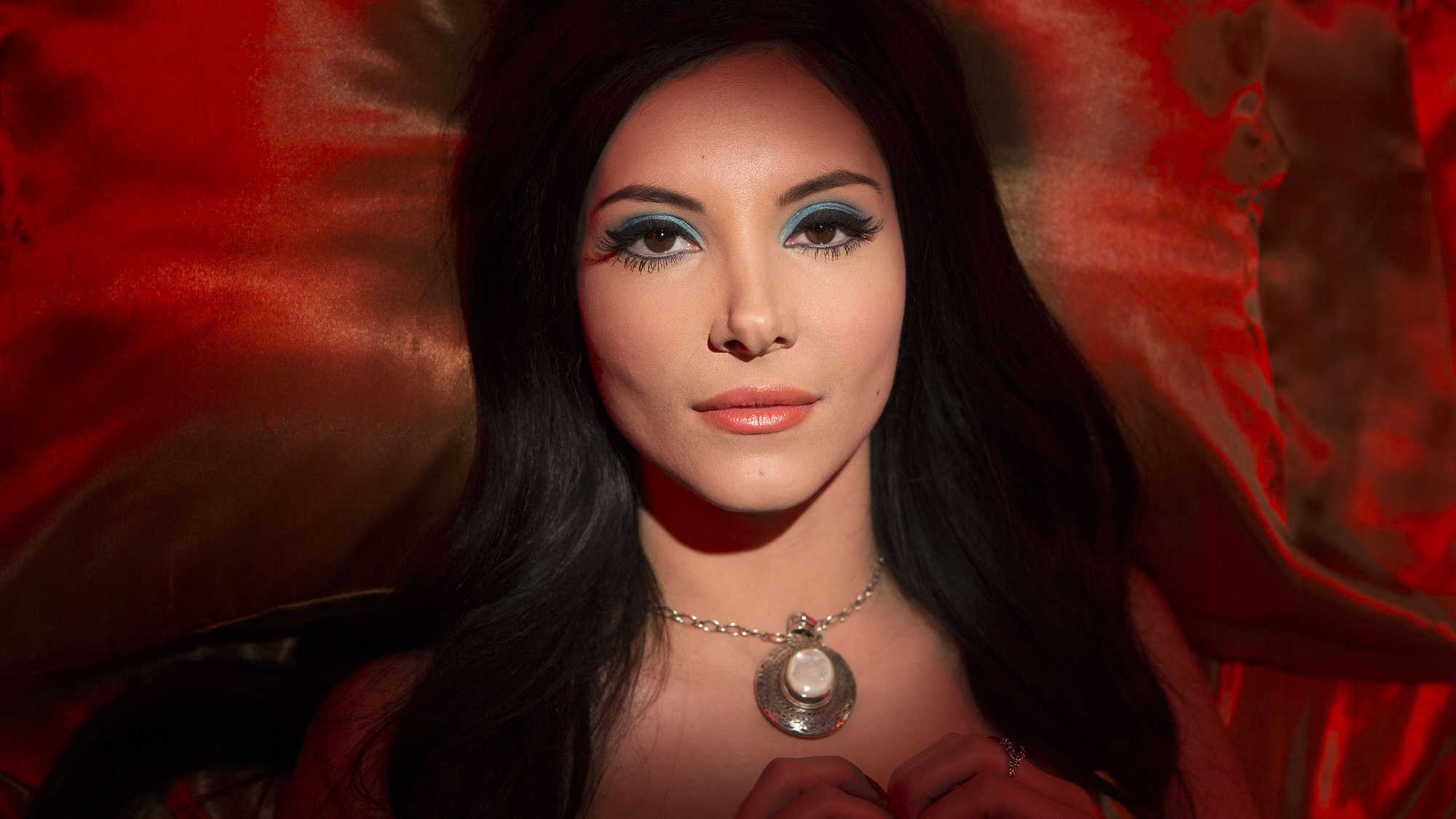 The Love Witch (image 2)
