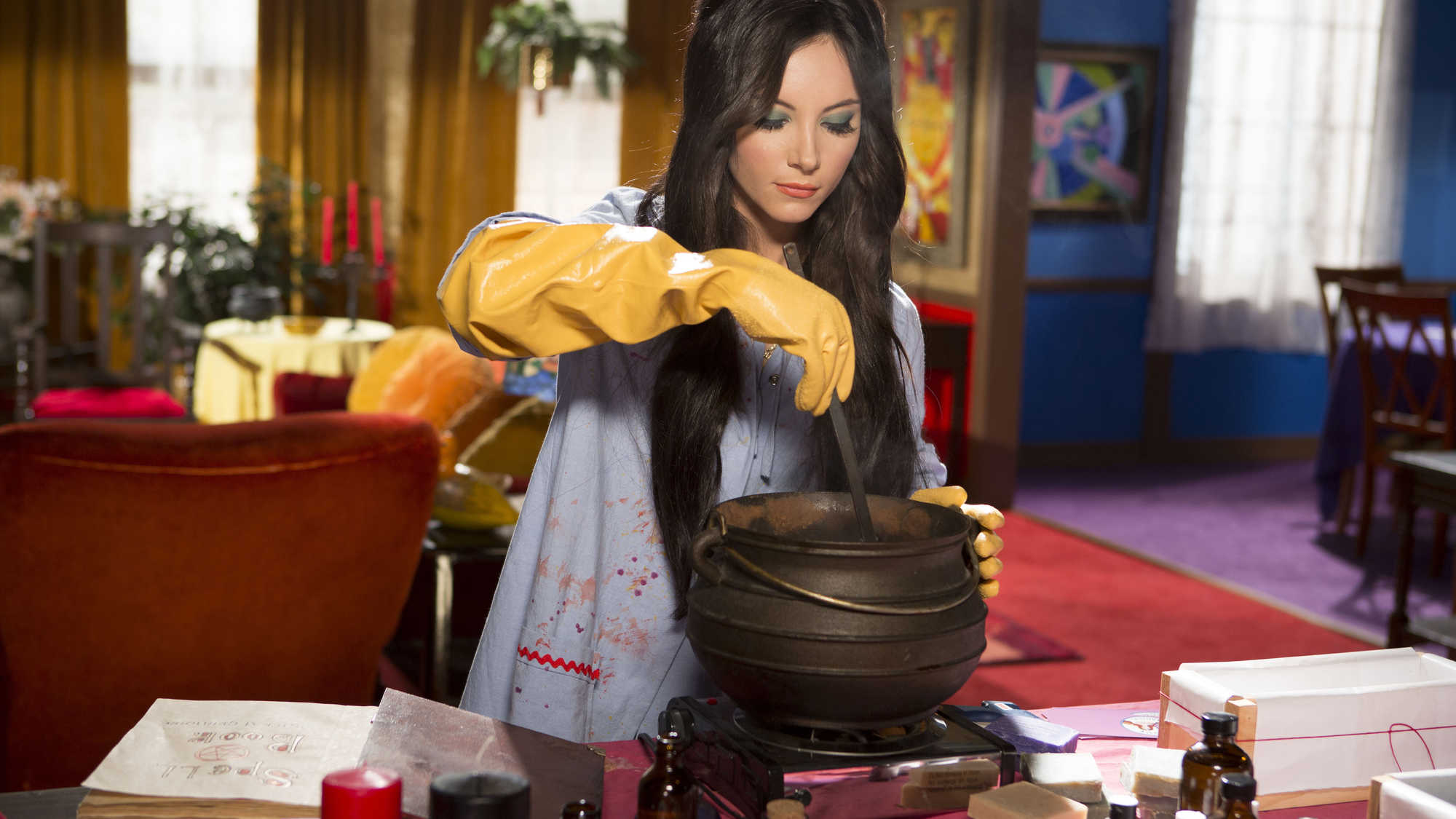 The Love Witch (image 3)