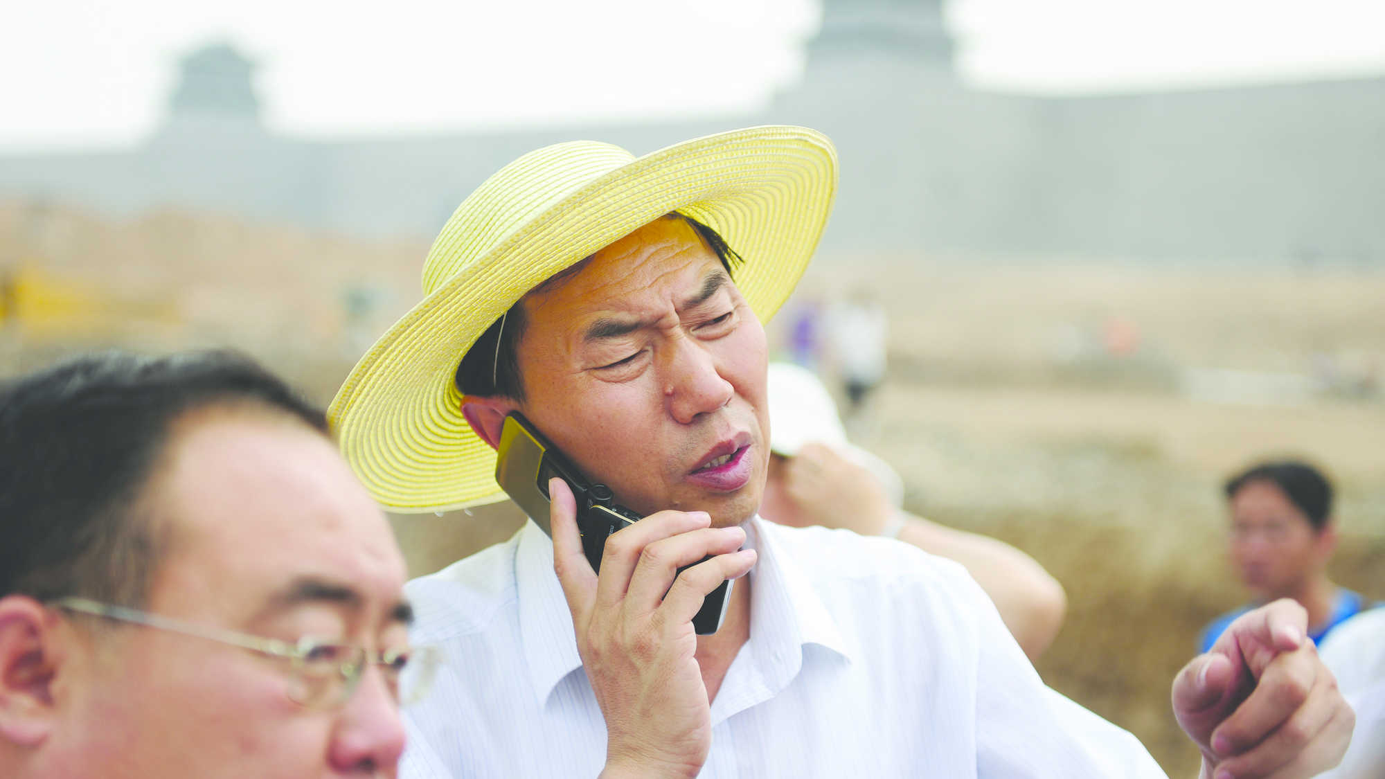 The Chinese Mayor (image 2)