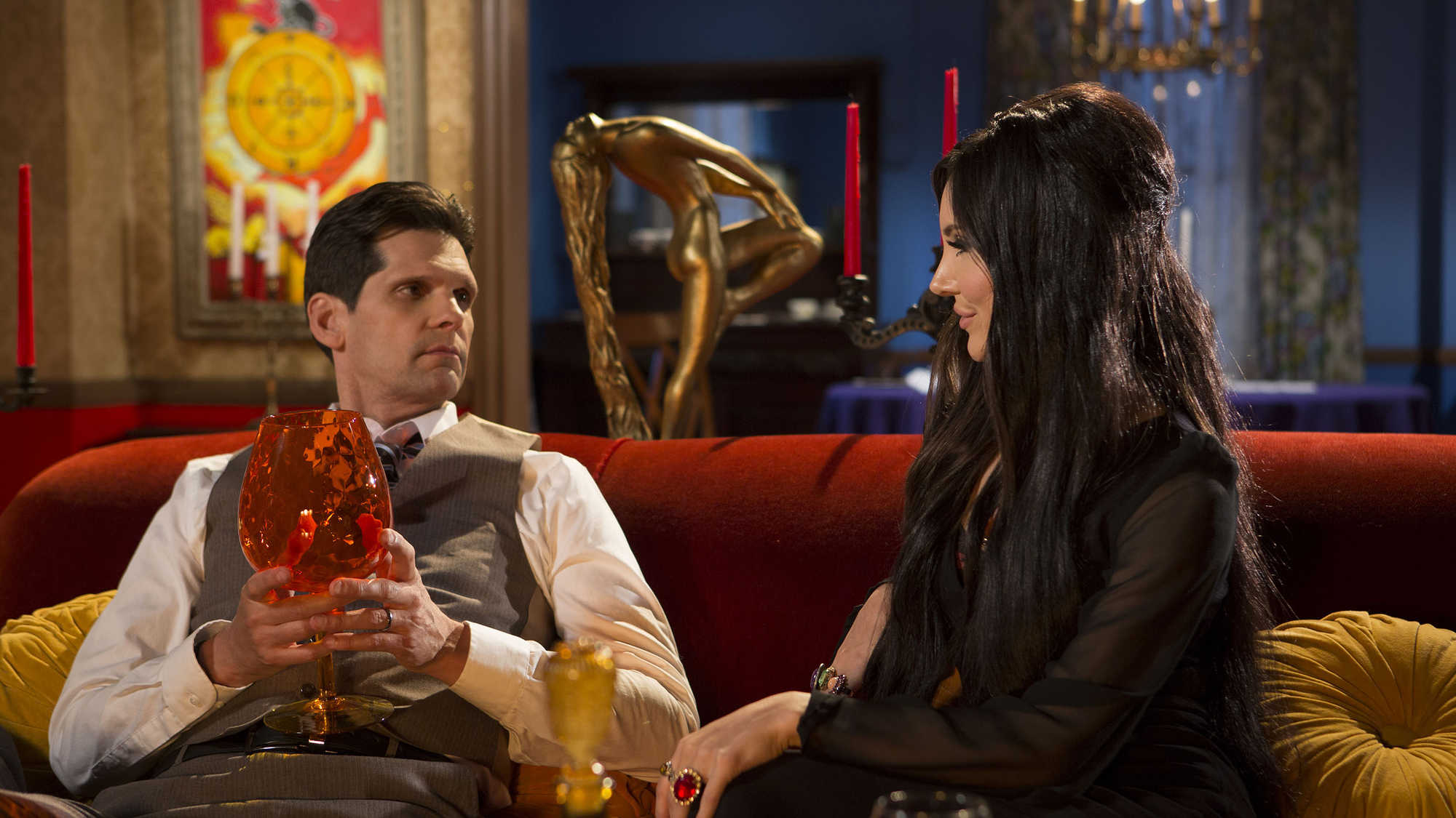 The Love Witch (image 4)