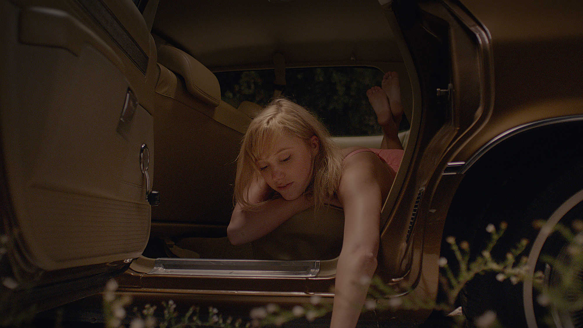 It Follows (image 2)