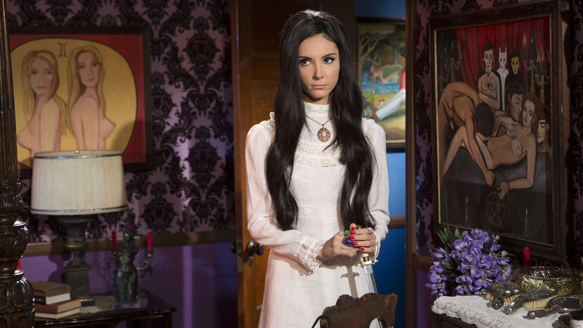The Love Witch (image 1)