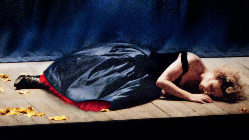 Becoming Traviata (image 1)