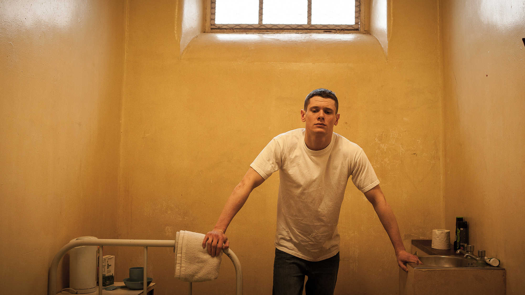 Starred Up (image 4)